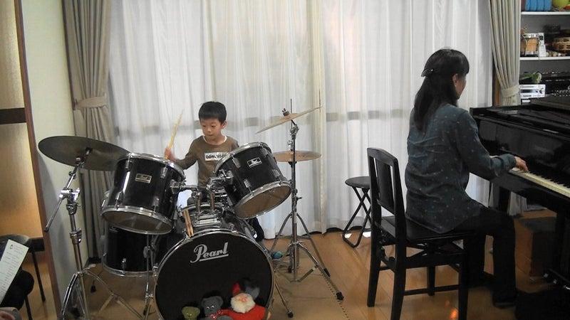 未就学児ドラム発表