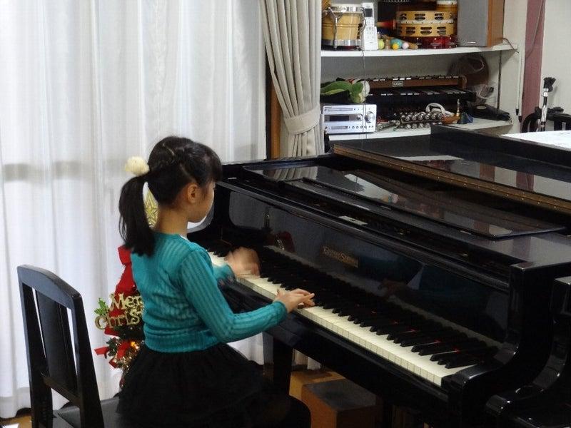 小学生ピアノソロ発表