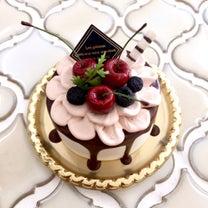 ミニサイズのドリップケーキの記事に添付されている画像