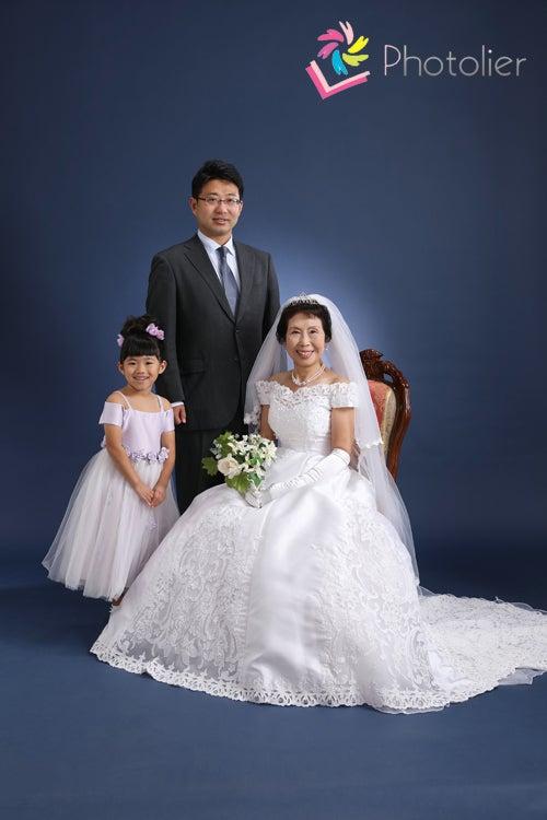 念願のウエディングドレスは美しい仕上がり 写真館フォトリエグリムの ずっと続く幸せな時間