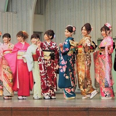 全東京写真連盟(上野公園 羽子板と晴れ着モデル撮影会 2018)の記事に添付されている画像
