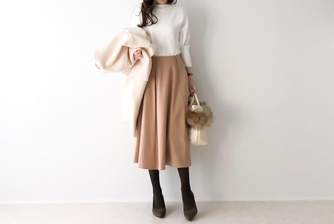 インスタイルが360°綺麗に決まるフレアスカート/お得すぎるH&Mのピアス