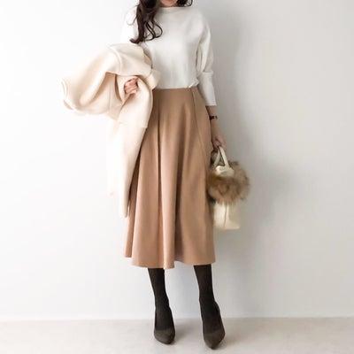 インスタイルが360°綺麗に決まるフレアスカート/お得すぎるH&Mのピアスの記事に添付されている画像