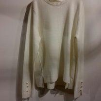 袖パールsweater新色 white入荷の記事に添付されている画像