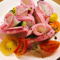 かまぼこと胡椒の花園サラダ♡の記事に添付されている画像