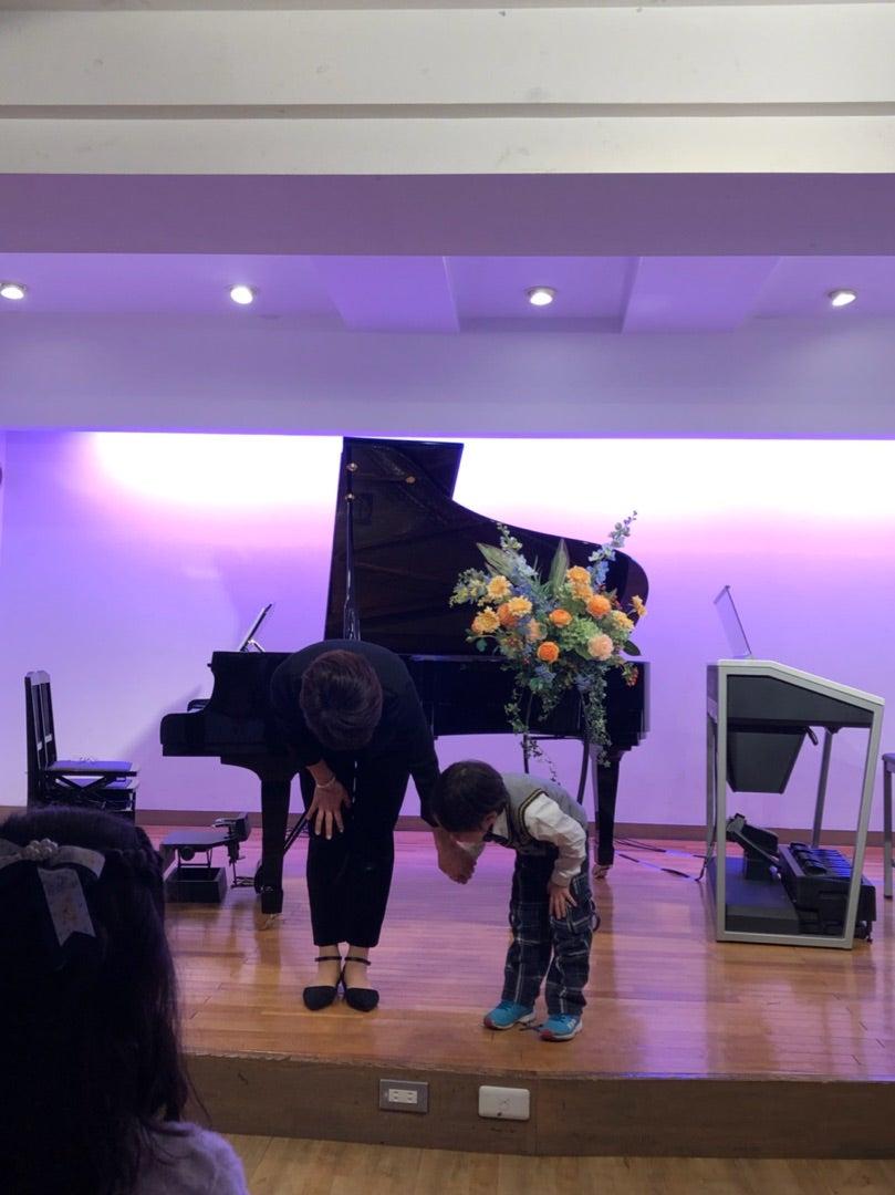 人生初のピアノの発表会?の記事より