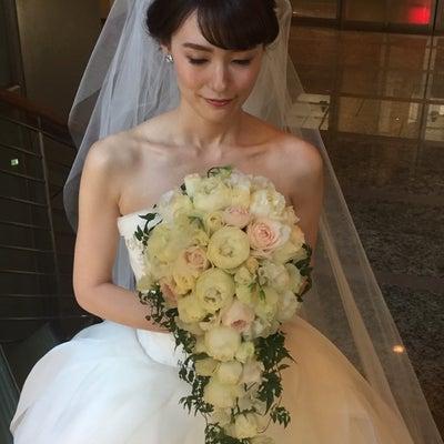こだわりコーディネートで魅せる♡主役花嫁スタイルの記事に添付されている画像