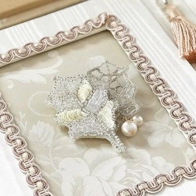 オートクチュール刺繍のブローチ完成♪の記事に添付されている画像