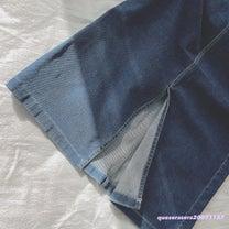 《 GU 》フロントスリットが入ったデニムタイトスカート ♡の記事に添付されている画像