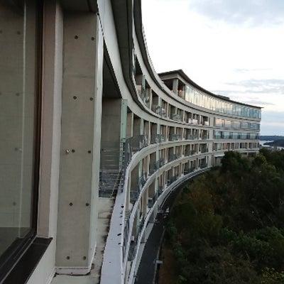 志摩観光ホテル ザ ベイスイート④ お部屋からの眺望とゲストラウンジと屋上庭園の記事に添付されている画像