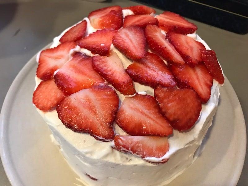 いちご たっぷり ケーキ