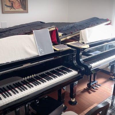 グランドピアノ2台でレッスンが出来る教室♪の記事に添付されている画像