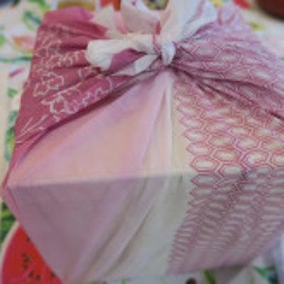 元旦。今年も新年の御祝いは「京料理 二傳」さんのおせちです~の記事に添付されている画像