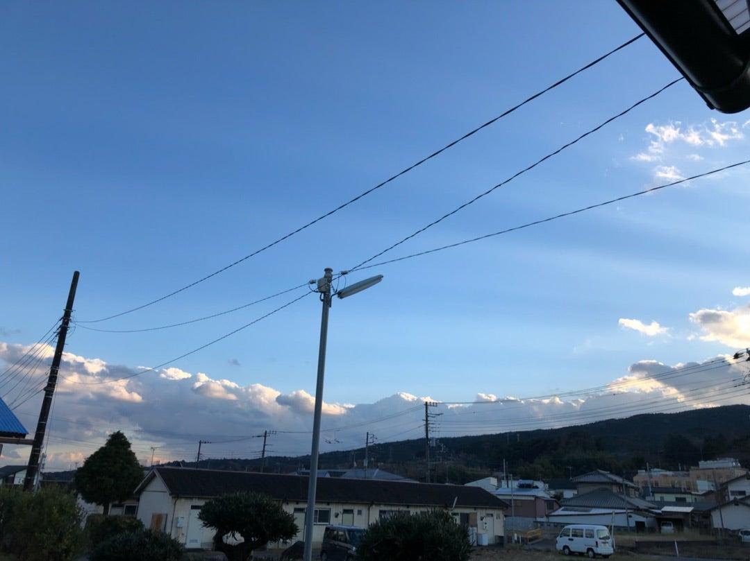 ☆2019,1/3、16:00(地震発生直前の地震雲)