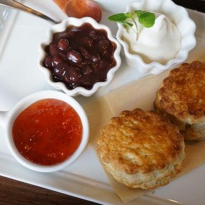 恵比寿カフェ:3cafe サンカフェ|全粒粉スコーンセット 自家製あんこトッピンの記事に添付されている画像