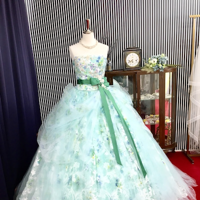 HARDY AMIES /ハーディエイミス 花柄レンタルカラードレス/名古屋の記事に添付されている画像