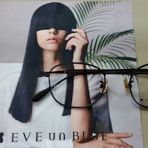 EVE un BLUEの記事に添付されている画像