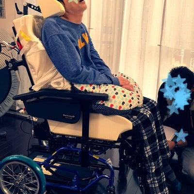 新しい車椅子の記事に添付されている画像