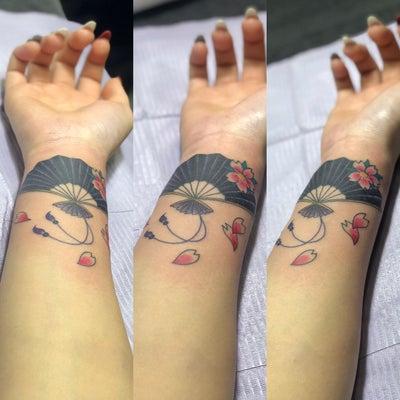 刺青★扇子・桜(手首)カバーアップ!の記事に添付されている画像