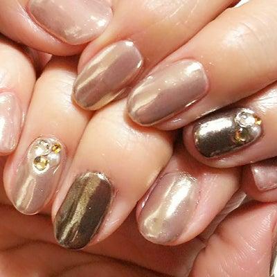 My nail・ベージュにミラーネイルの記事に添付されている画像