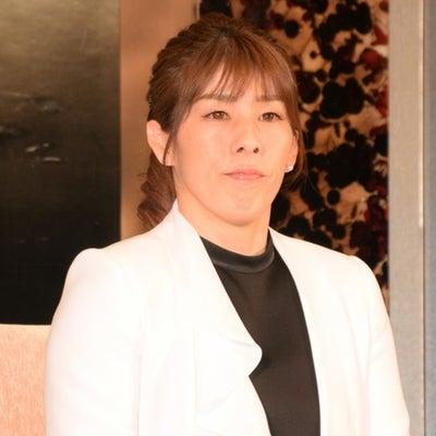 吉田沙保里さん引退会見のメークを解説してみたよの記事に添付されている画像