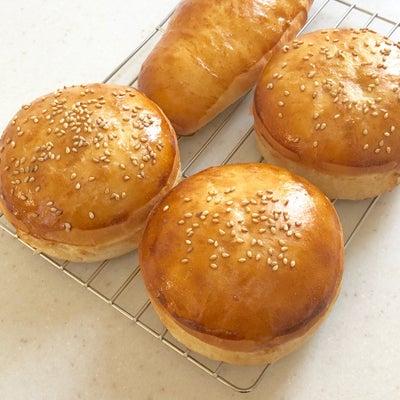こねなくても、ムチっとバンズパンも焼けます!の記事に添付されている画像