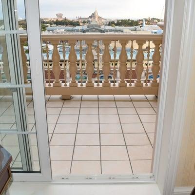 東京ディズニーランドホテルのバルコニールームの広さ☆の記事に添付されている画像