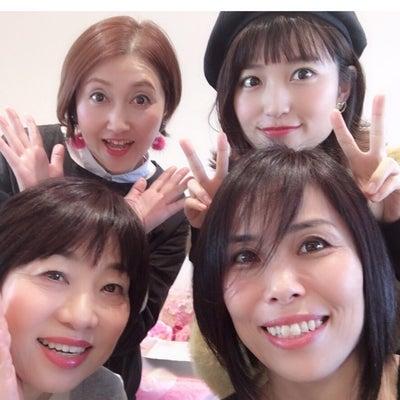 カラーレッスンで、笑顔とハグ頂きました❤️の記事に添付されている画像