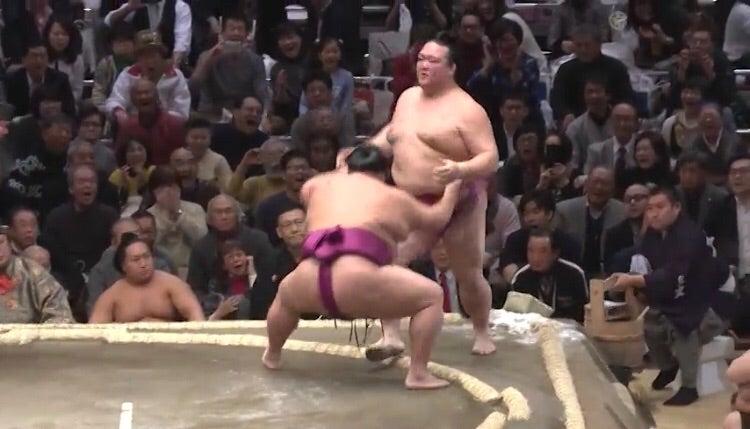 大相撲初場所初日   sumodanshi