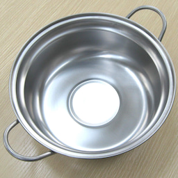 画像 おすすめ土鍋 IH対応 燕三条 ステンレス卓上鍋 の記事より 3つ目