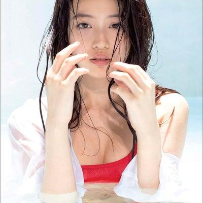 今田美桜の記事に添付されている画像