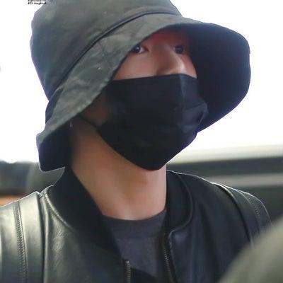 BTS 仁川空港入国♡の記事に添付されている画像