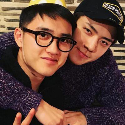 EXO セフン ギョンス お誕生日おめでとう インスタ バックハグ SEHUNの記事に添付されている画像