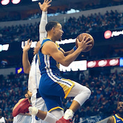 NBA:ゾーンにいるステフを行かせたケビン・デュラントなど/GSW@DAL戦より