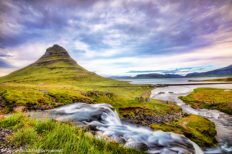 アイスランド グルンダルフィヨルズル カークワフェル山