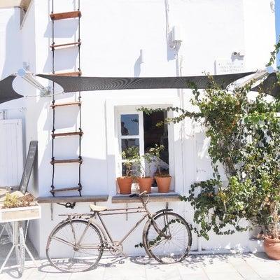サントリーニ島・イアの街でも一際可愛かったカフェ「Passaggio」の記事に添付されている画像