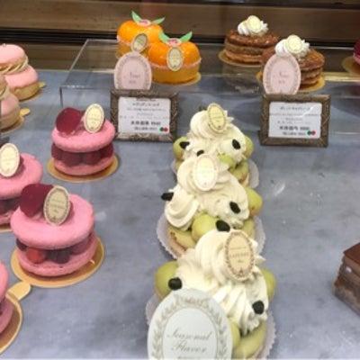 LADUREEのケーキの記事に添付されている画像