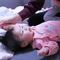 赤ちゃんの身体が整ってきた、見てわかる、うれしいベビータッチ体操@ぴよままベビーの記事に添付されている画像