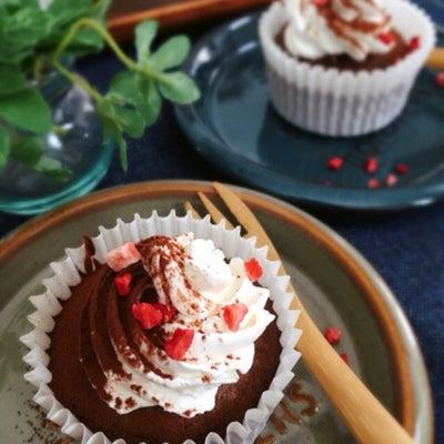 ふわっふわ♡ココアスポンジカップケーキ[LIMIA]の記事に添付されている画像