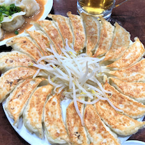 元祖円盤餃子の名店で最高のギョウビー! 浜松「石松餃子」の記事に添付されている画像