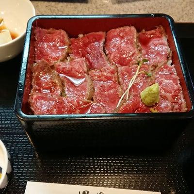 宇治でお肉!いつも行列の★肉屋 黒川のステーキ重の記事に添付されている画像