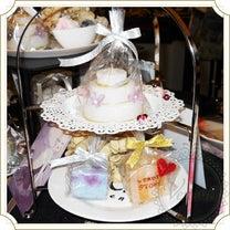 2019年は心機一転!ケーキキャンドルをケーキスタンドに飾って可愛さアップの記事に添付されている画像
