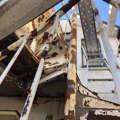 鉄骨階段塗装の記事に添付されている画像