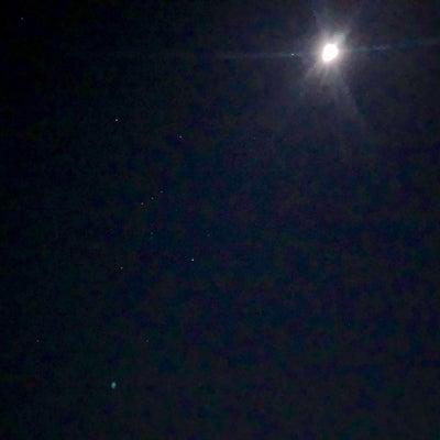 美しい夜空の記事に添付されている画像