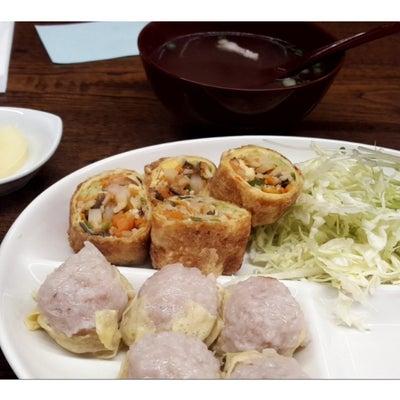 しゅうまいの一芳亭で「春巻定食」の記事に添付されている画像