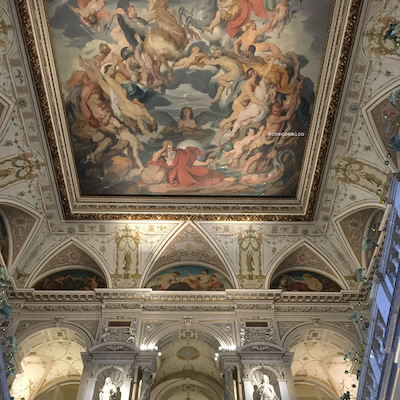 美術史美術館の天井画の記事に添付されている画像