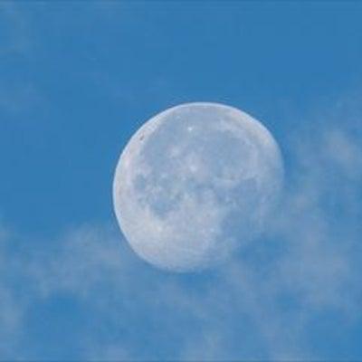 私にとっての月の記事に添付されている画像