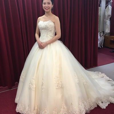 姫達が重点をおくドレス選び?ある調査機関です!の記事に添付されている画像