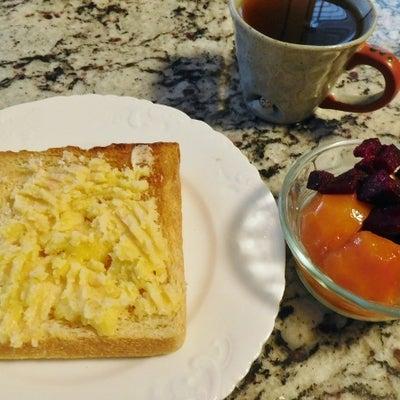 タラモサラダトースト。水分を摂る努力の記事に添付されている画像