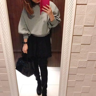 コーデ♡スカート×ニーハイブーツの記事に添付されている画像